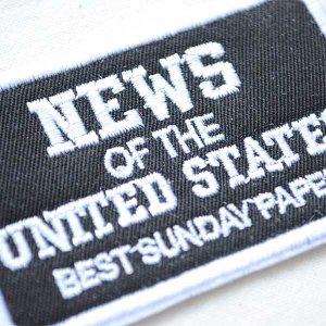 画像2: USAアドバタイジングワッペン NEWS OF THE UNITED STATES(ブラック&ホワイト)