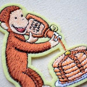 画像2: ワッペン おさるのジョージ パンケーキS