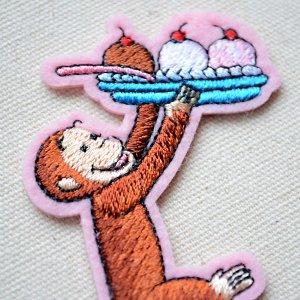 画像2: ワッペン おさるのジョージ カップケーキS