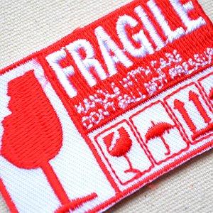 画像2: アメリカンワッペン FRAGILE